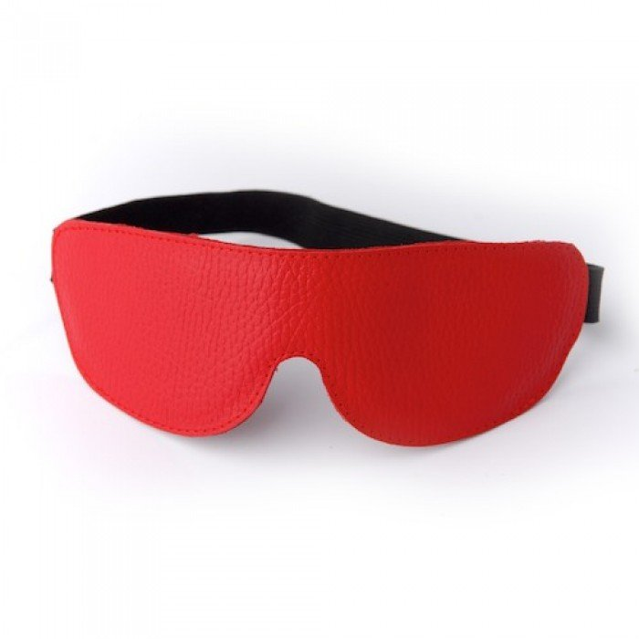 Красная кожаная маска на глаза на резиночке