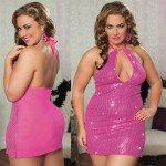 Розовое платье с паетками